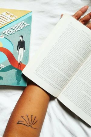 Kitap Dövmeleri (50)